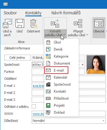 Připojit e-mail ke kontaktu